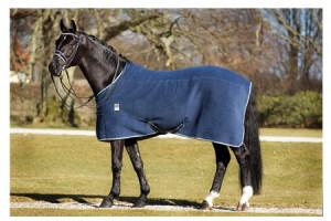 Chemise cheval, couverture polaire